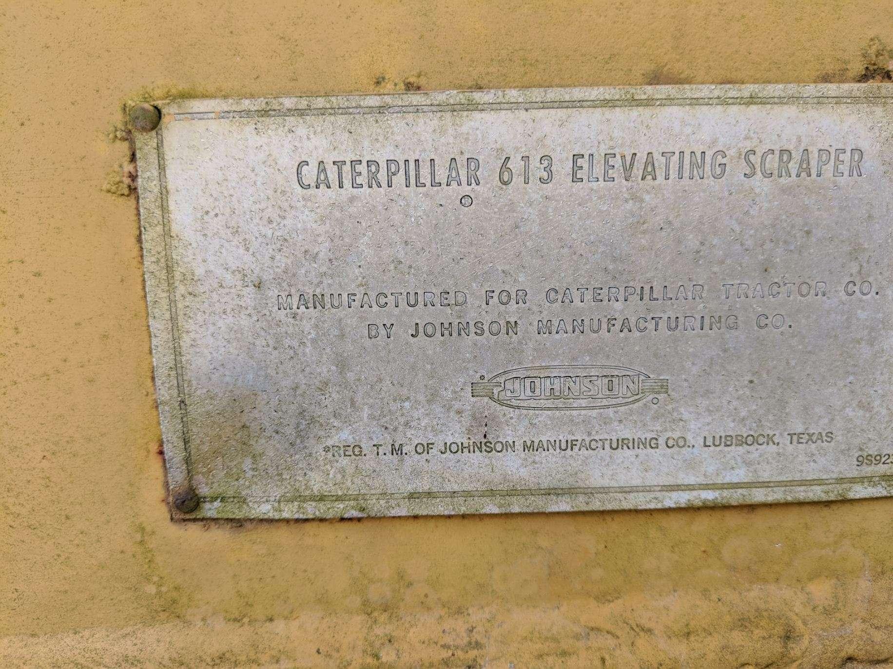 Caterpillar 613 Scraper