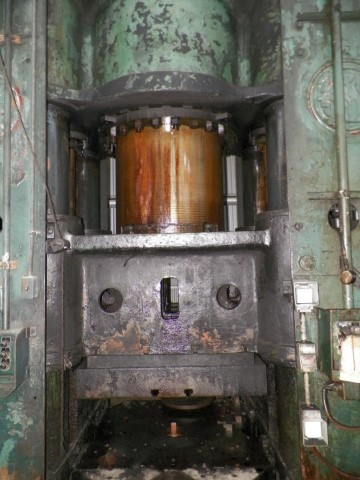 Lake Erie 1000 Ton Hydraulic press