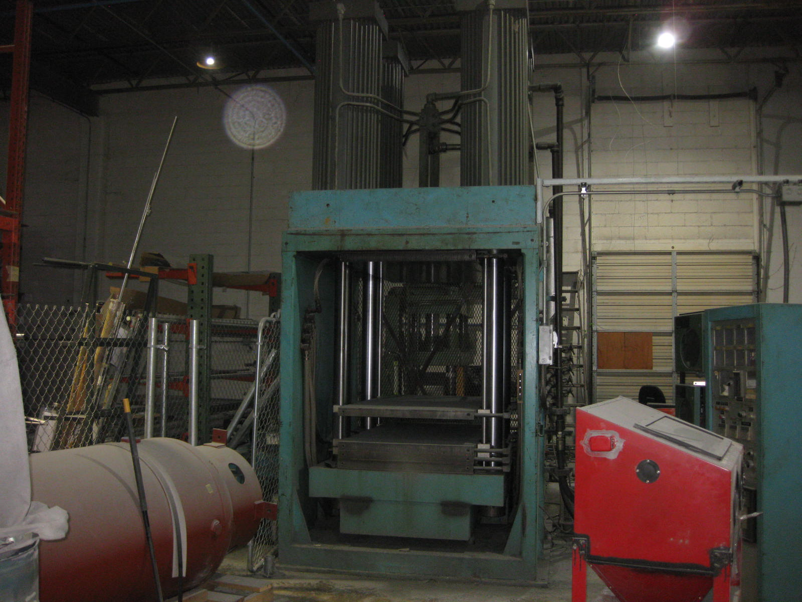 700-Ton Multi-Platten Hydraulic Press