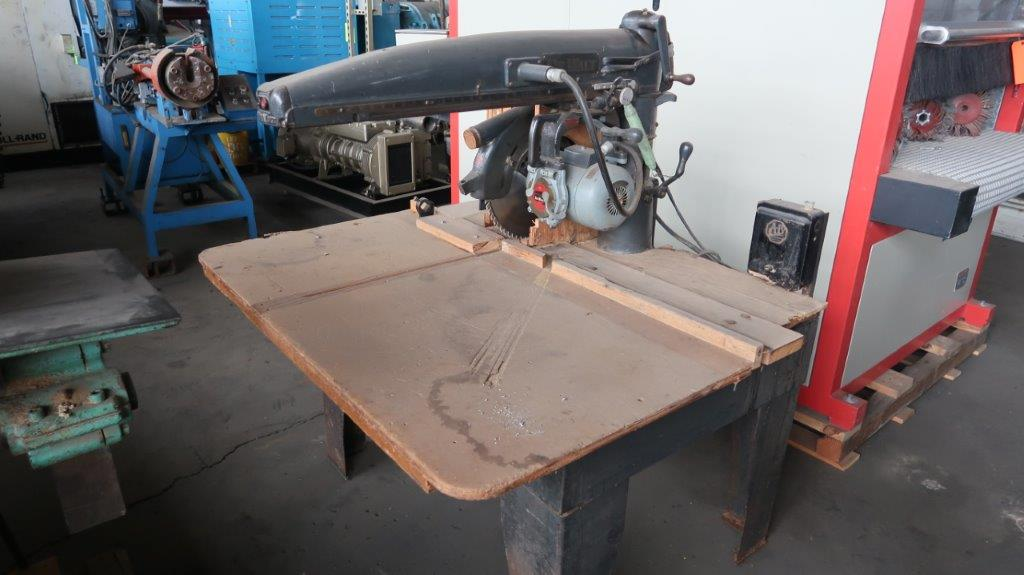 Dewalt Radial Arm Saw with Stand