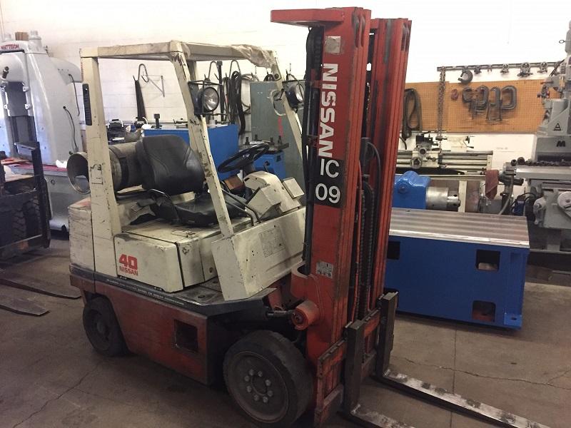 Nissan Model 40 4,000 lb Forklift