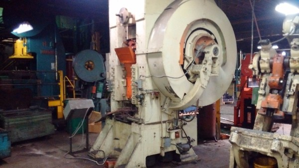 800 Ton Bliss Model 26K Knuckle Joint Press