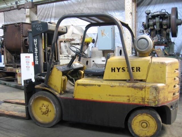 Hyster 15,000 lb Propane Forklift, Model S-150A