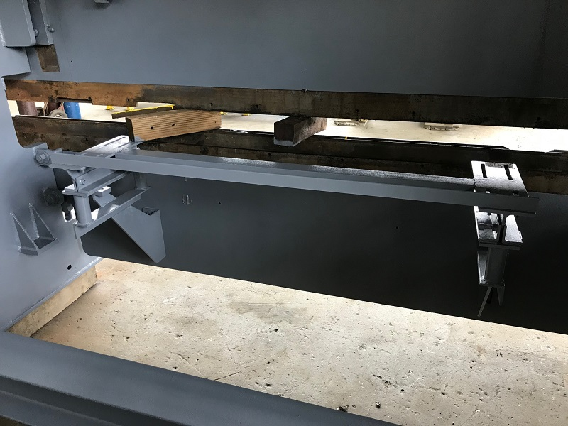 75 Ton x 10' HTC Hydraulic Press Brake