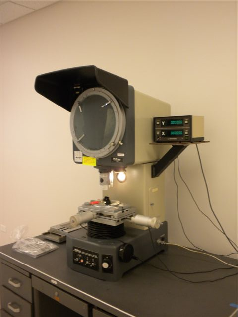 Nikon Model V-12 Vertical Projection Bench Comparitor
