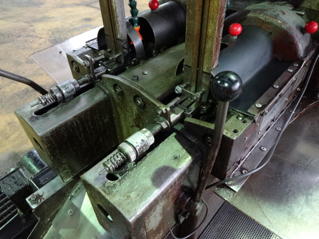 Shimazu Model Super 2F Twin Spindle Nut Tapper
