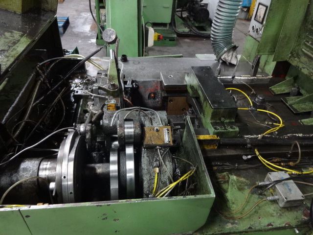 Hilgeland Model CF2 2 Die 3 Blow Cold Header