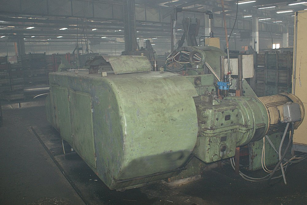 Hilgeland Model CH-7 Double Blow Cold Header