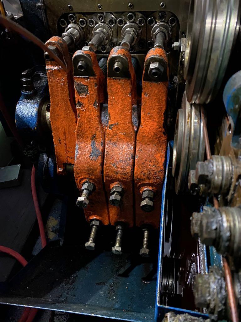 Moroni Model MB764 4 Die Progressive Cold Header