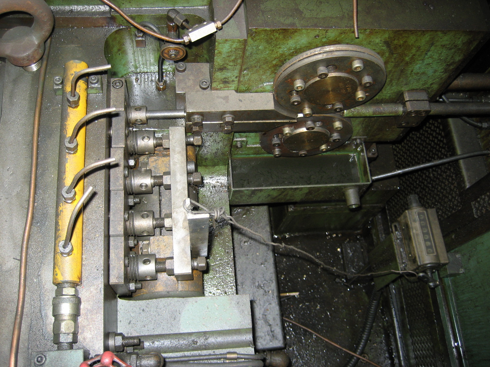 "Used 1/8"" Sakamura Model NP-410 4 Die Nut Former"
