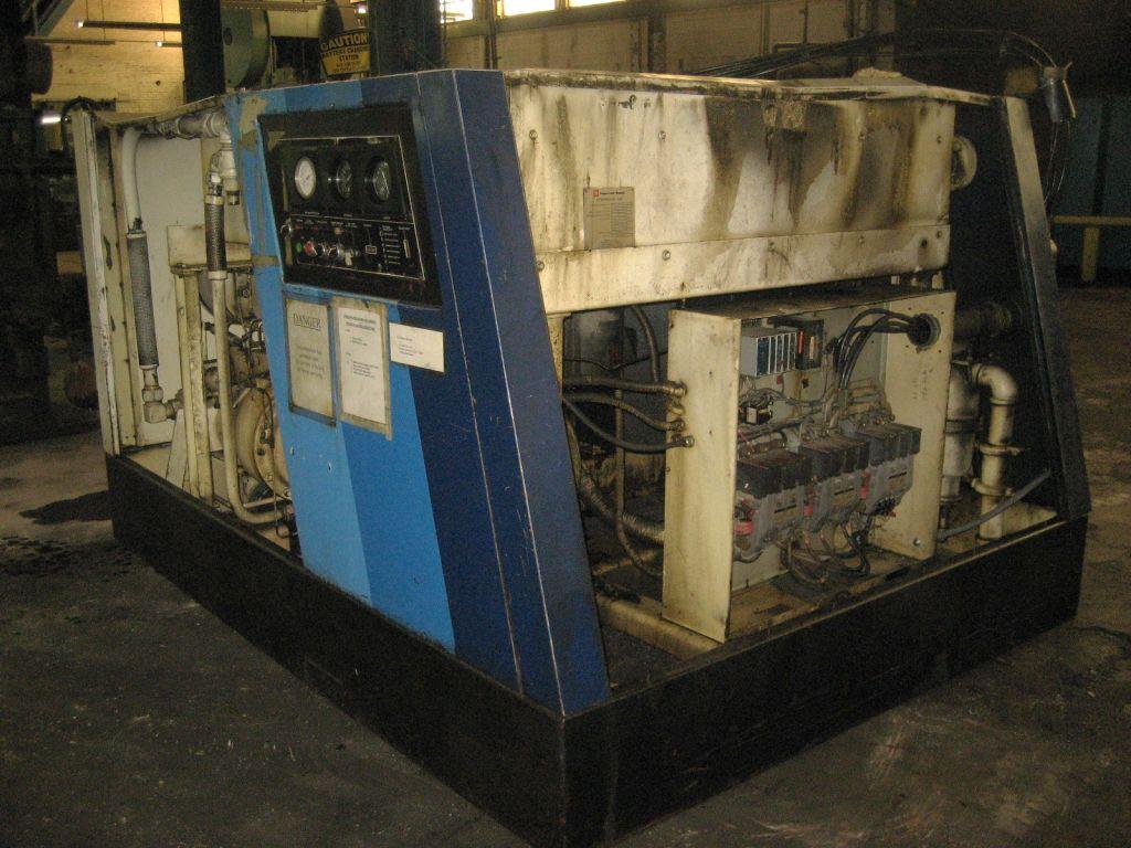Ingersoll Rand Model SSR-800H-AAJ5 Rotary Screw Air Compressor
