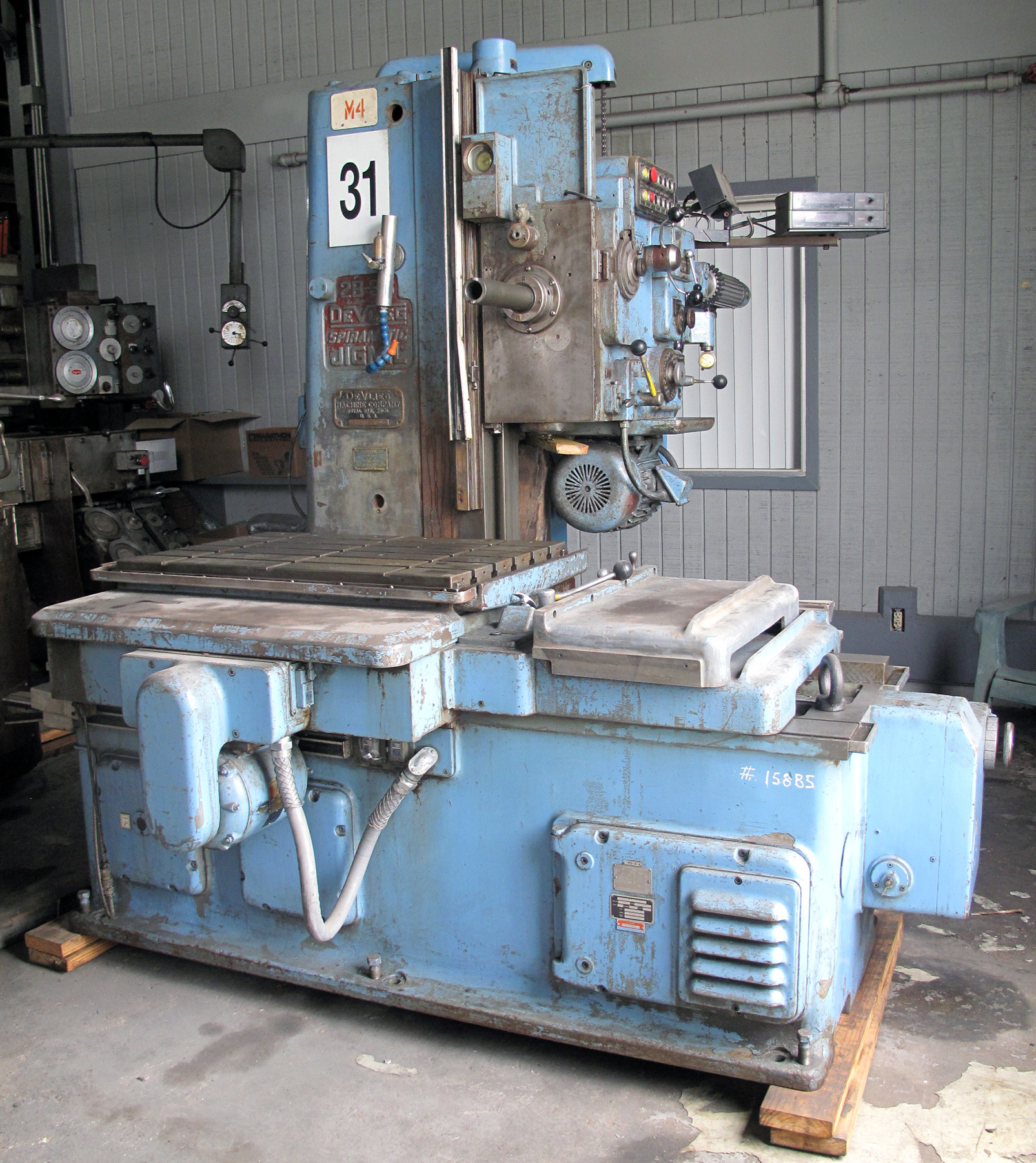 "USED, 2-1/2"" DEVLIEG MODEL 2B-36 JIG MILL"