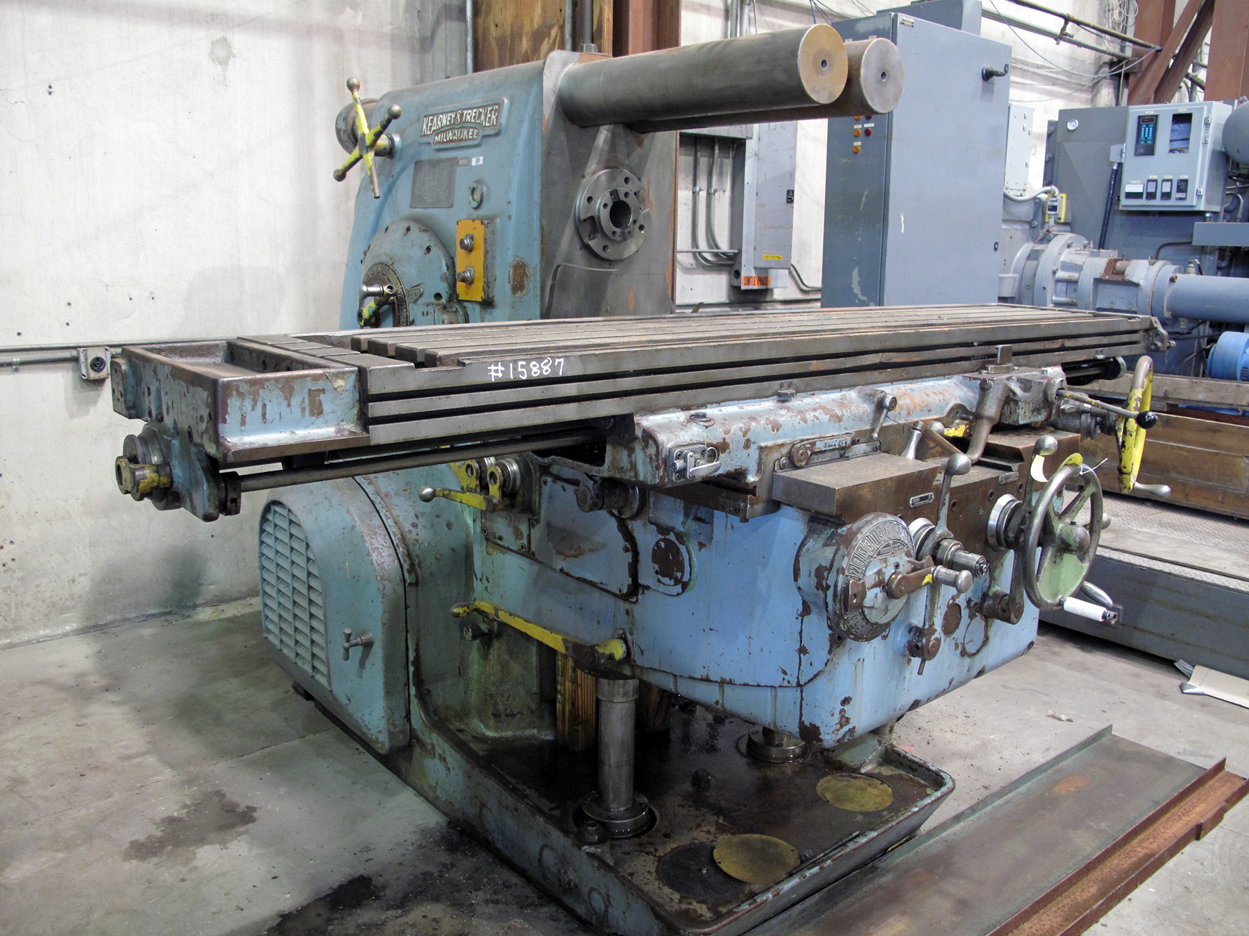 USED, KEARNEY & TRECKER MODEL 425TF PLAIN HORIZONTAL MILLING MACHINE