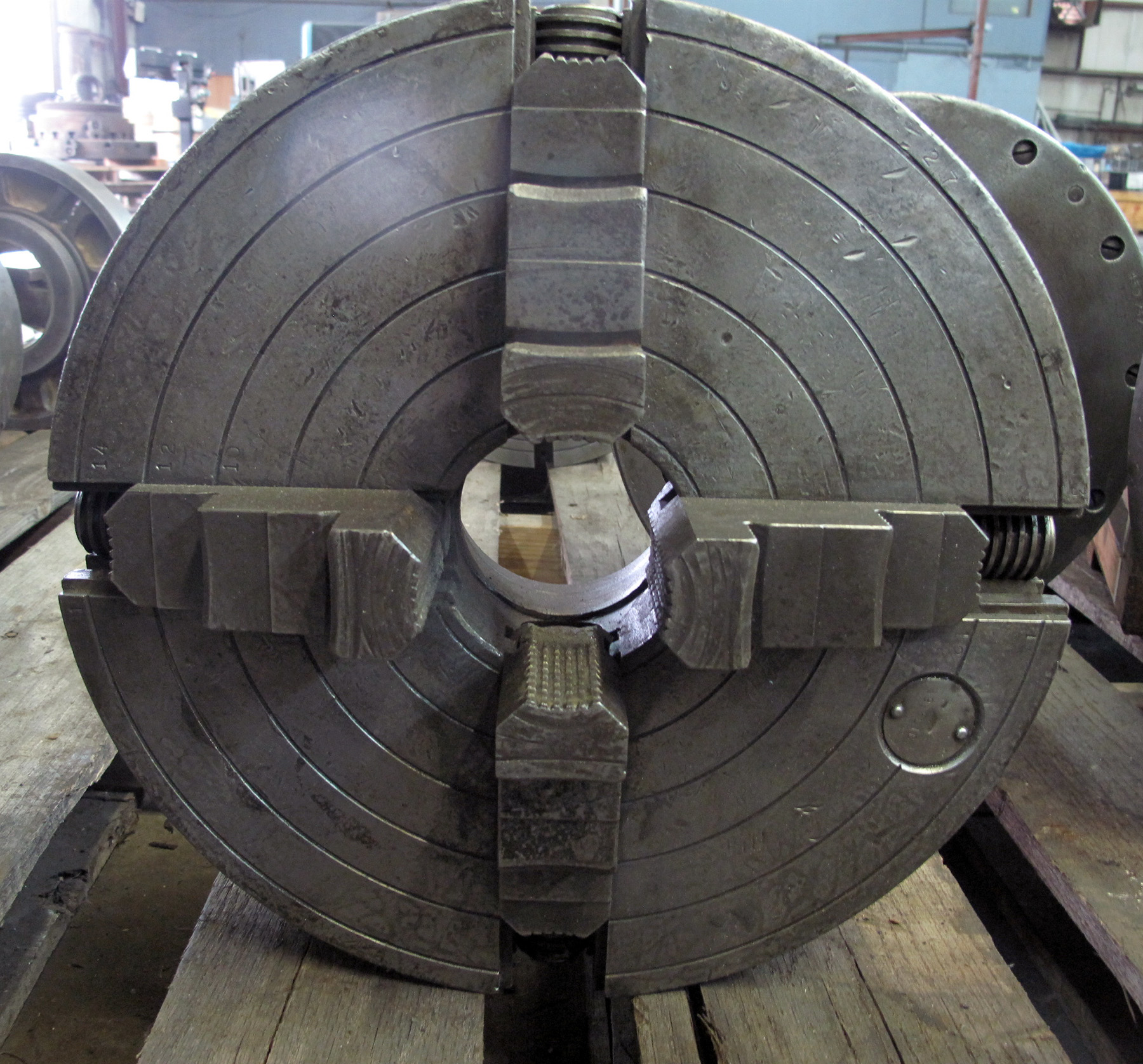 "USED, 16"" CUSHMAN 4-JAW CHUCK"