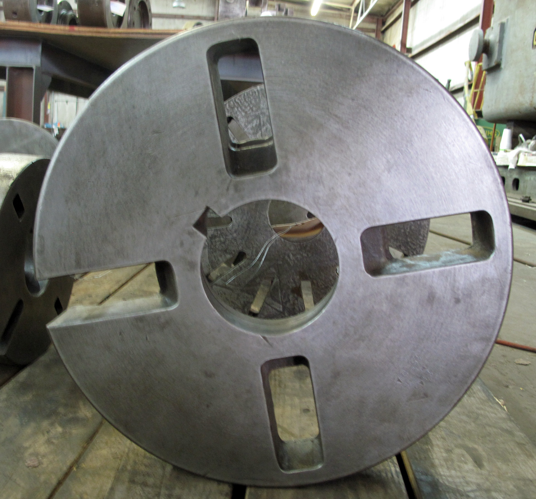 """USED, 15"""" DIAMETER FACE PLATE, L-2 MOUNT"""