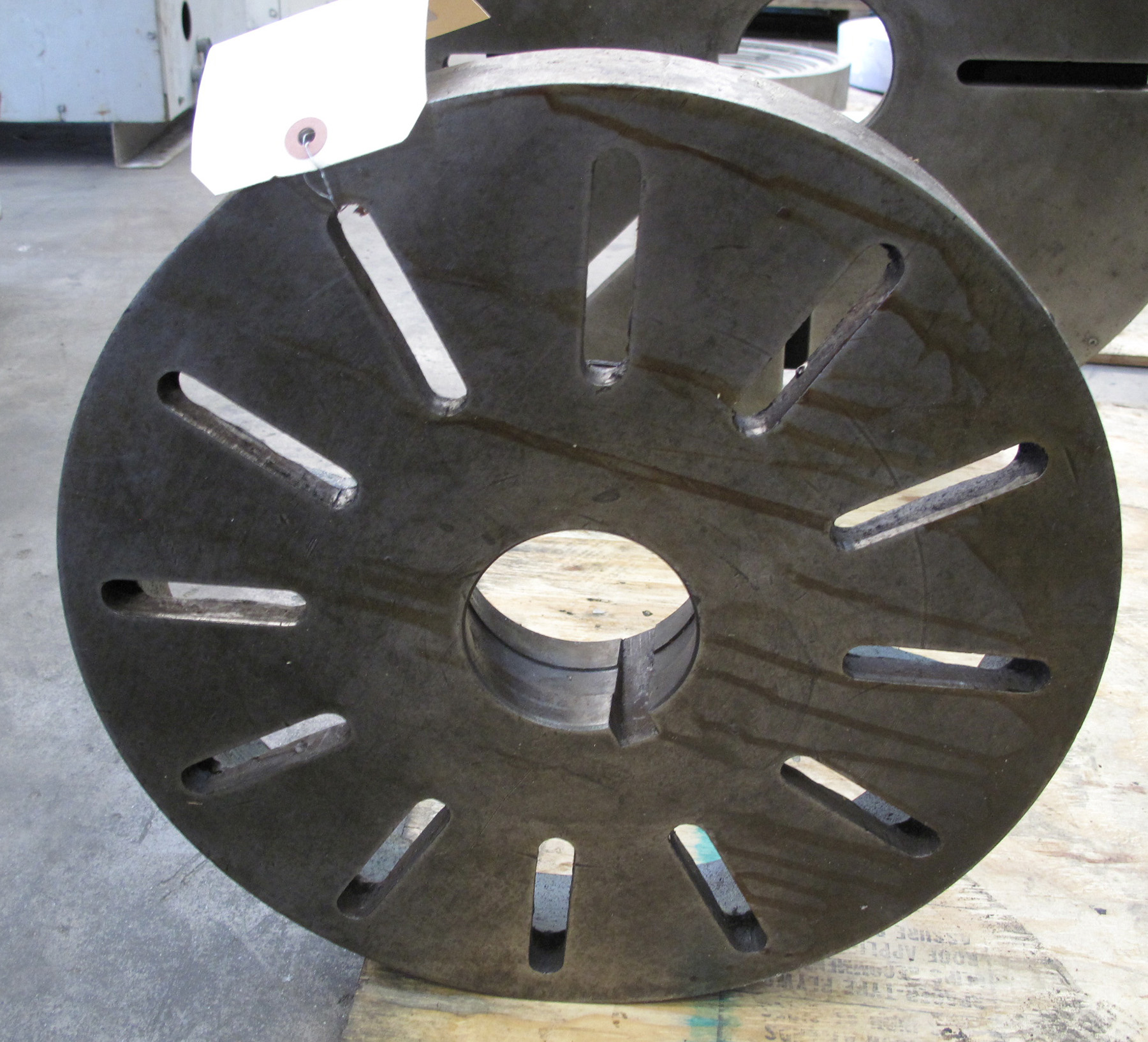 "USED, 15"" DIAMETER FACE PLATE, L-1 MOUNT"