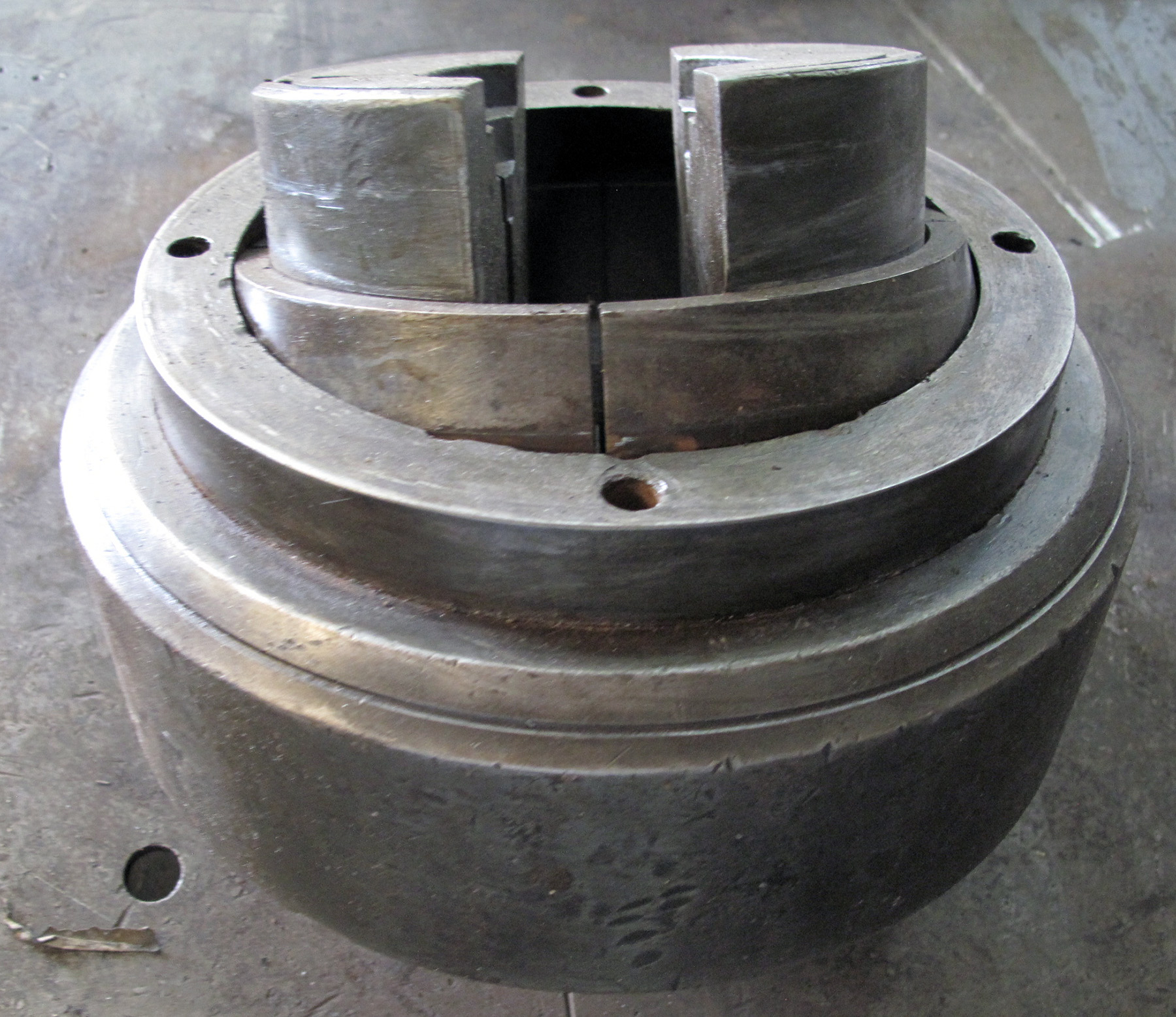 "USED, 10"" COLLET CHUCK"
