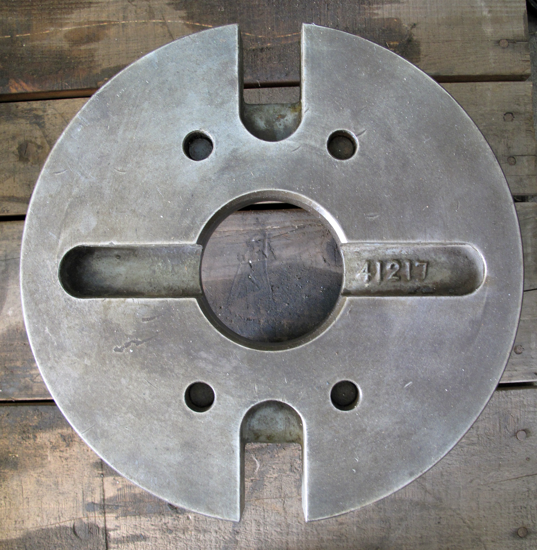 "USED, 12"" DIAMETER FACE PLATE, D-8 CAM LOCK"