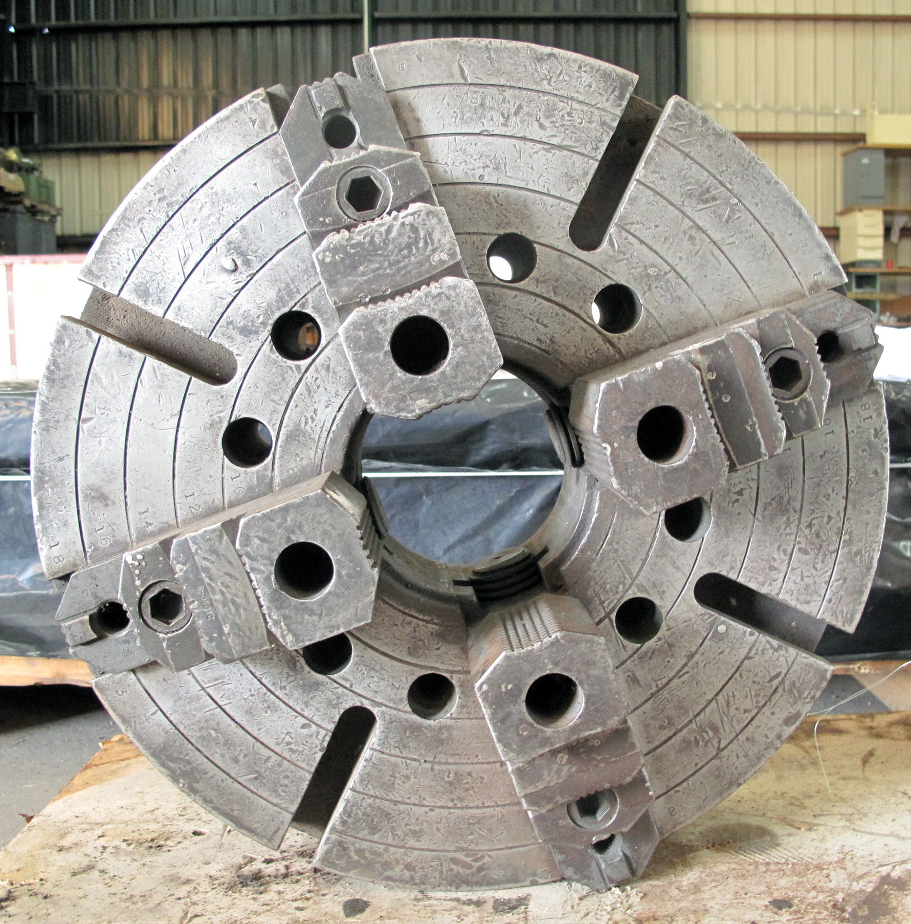 "USED, 18"" 4-JAW CHUCK, 5"" THRU-HOLE, A-11 MOUNT, 2 PIECE JAWS"