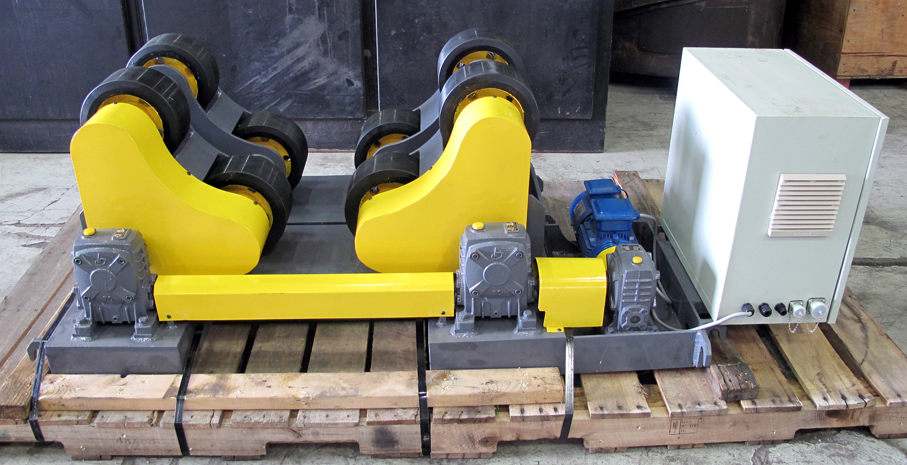 NEW, 5 TON STEADY-WELD MODEL R5-SA SELF-ADJUSTING TURNING ROLLS