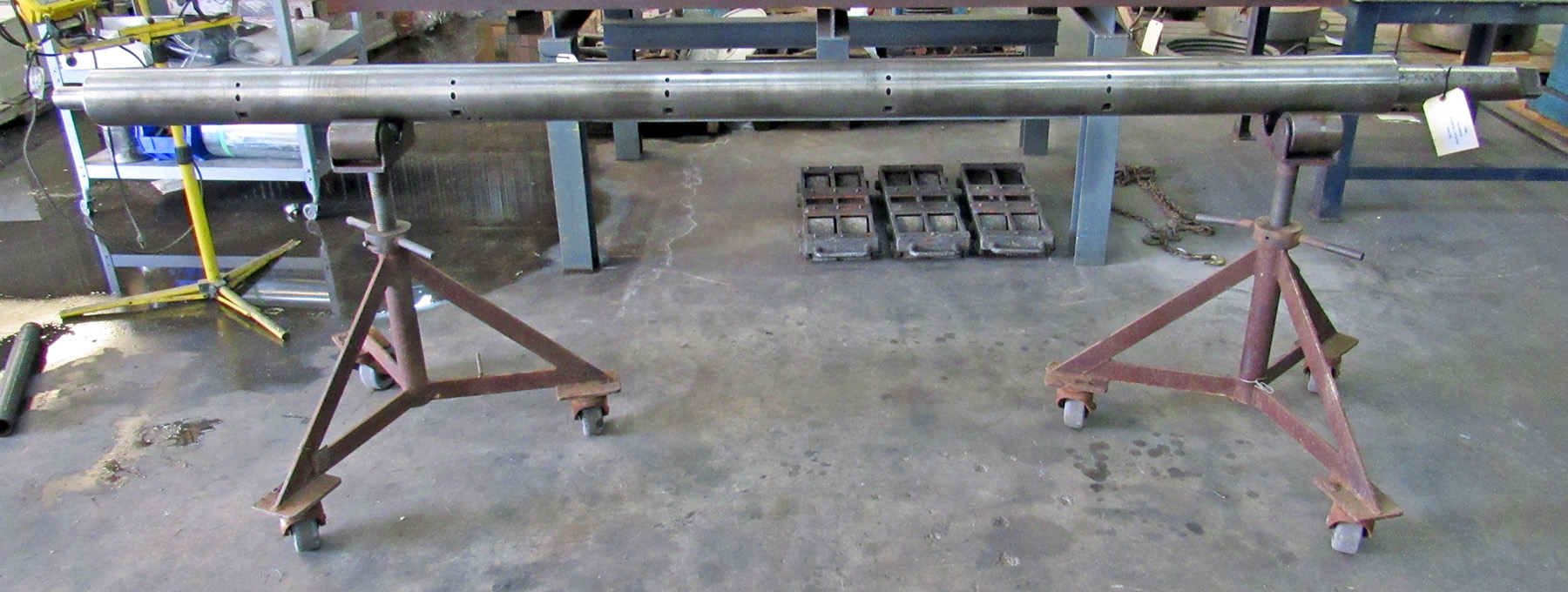"USED, 5"" X 125"" LINE BORING BAR WITH MORSE TAPER"