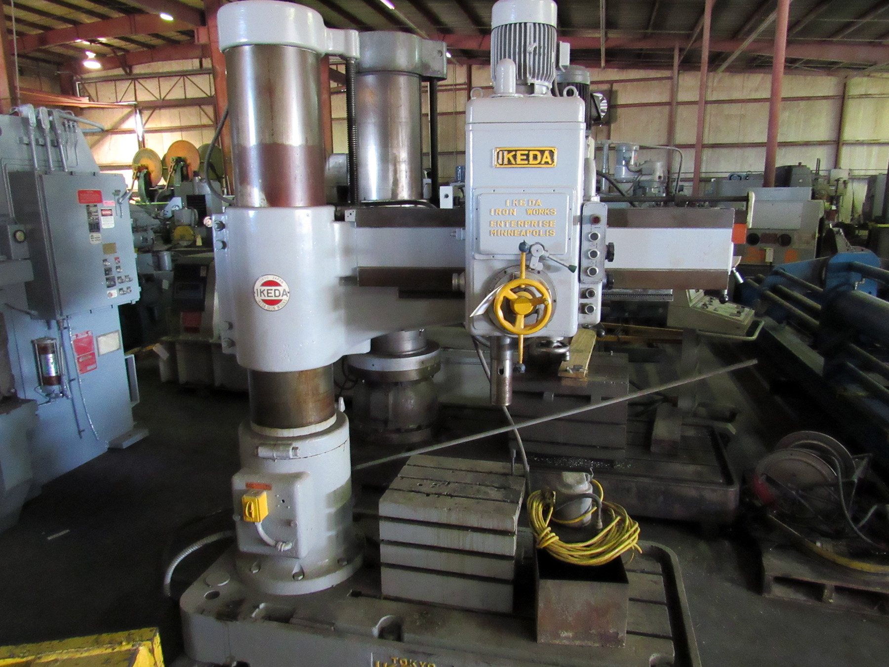 """USED, 4' 13"""" IKEDA MODEL RM-1300 RADIAL ARM DRILL"""