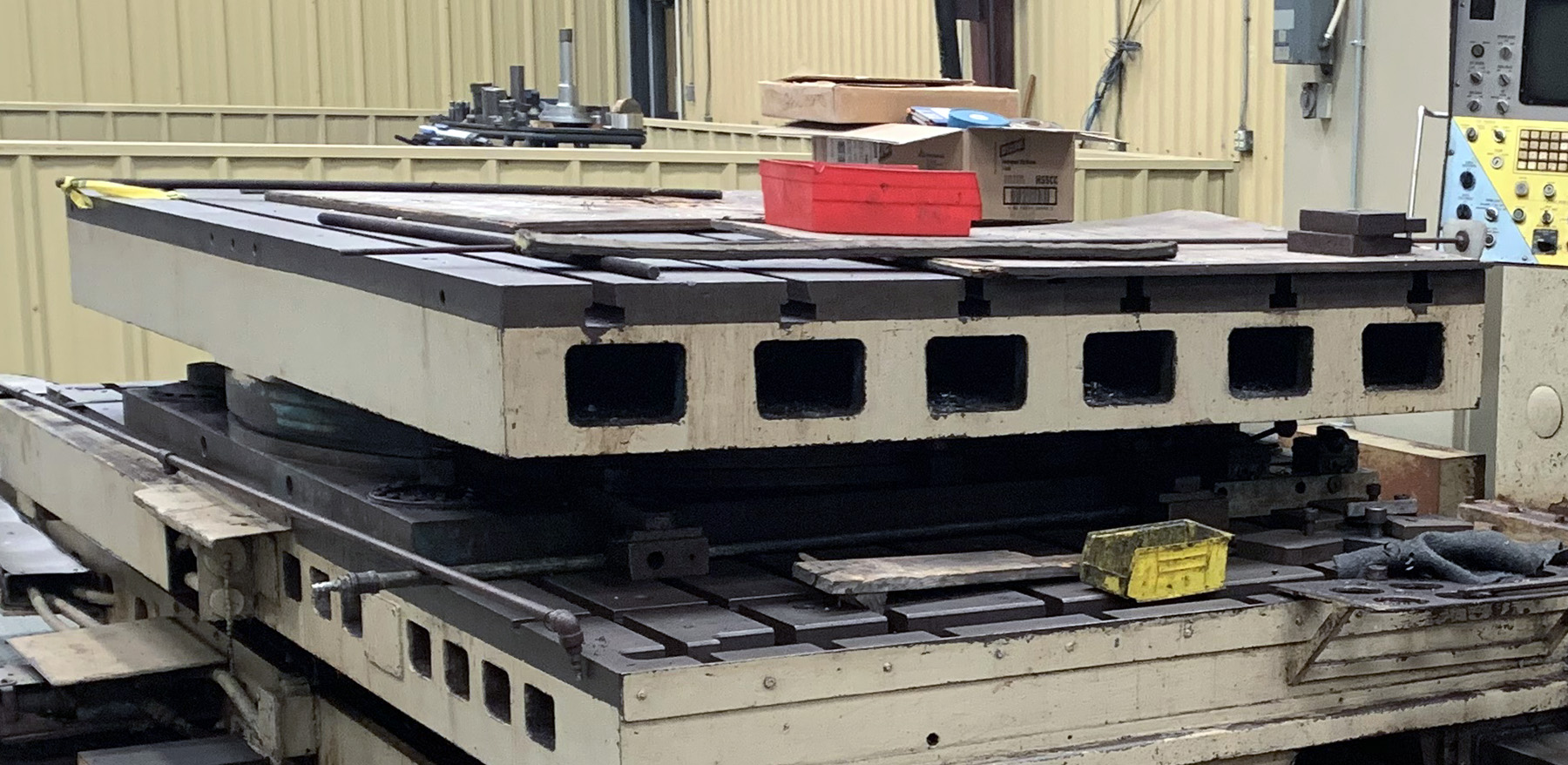 "USED, 60"" X 96"" AIR LIFT ROTARY TABLE"