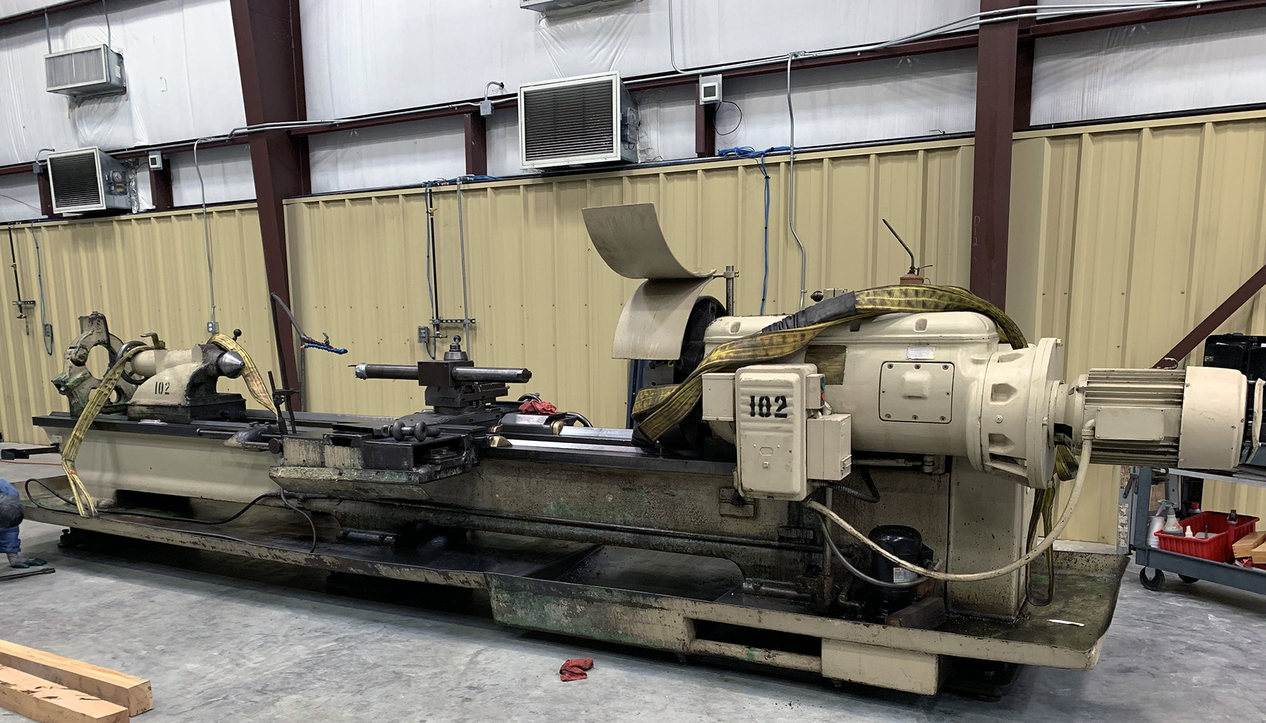 "USED, 28"" X 144"" AXELSON ENGINE LATHE"