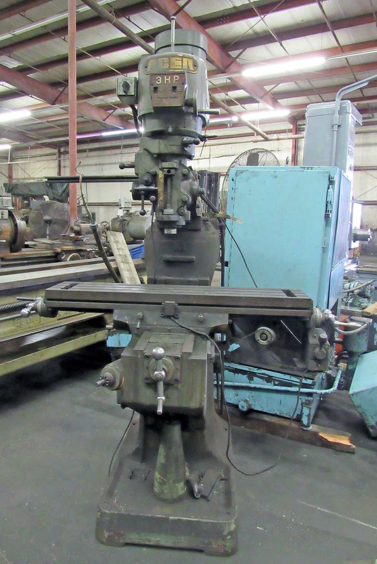 "USED, 9"" X 42"" ACER VERTICAL MILLING MACHINE"