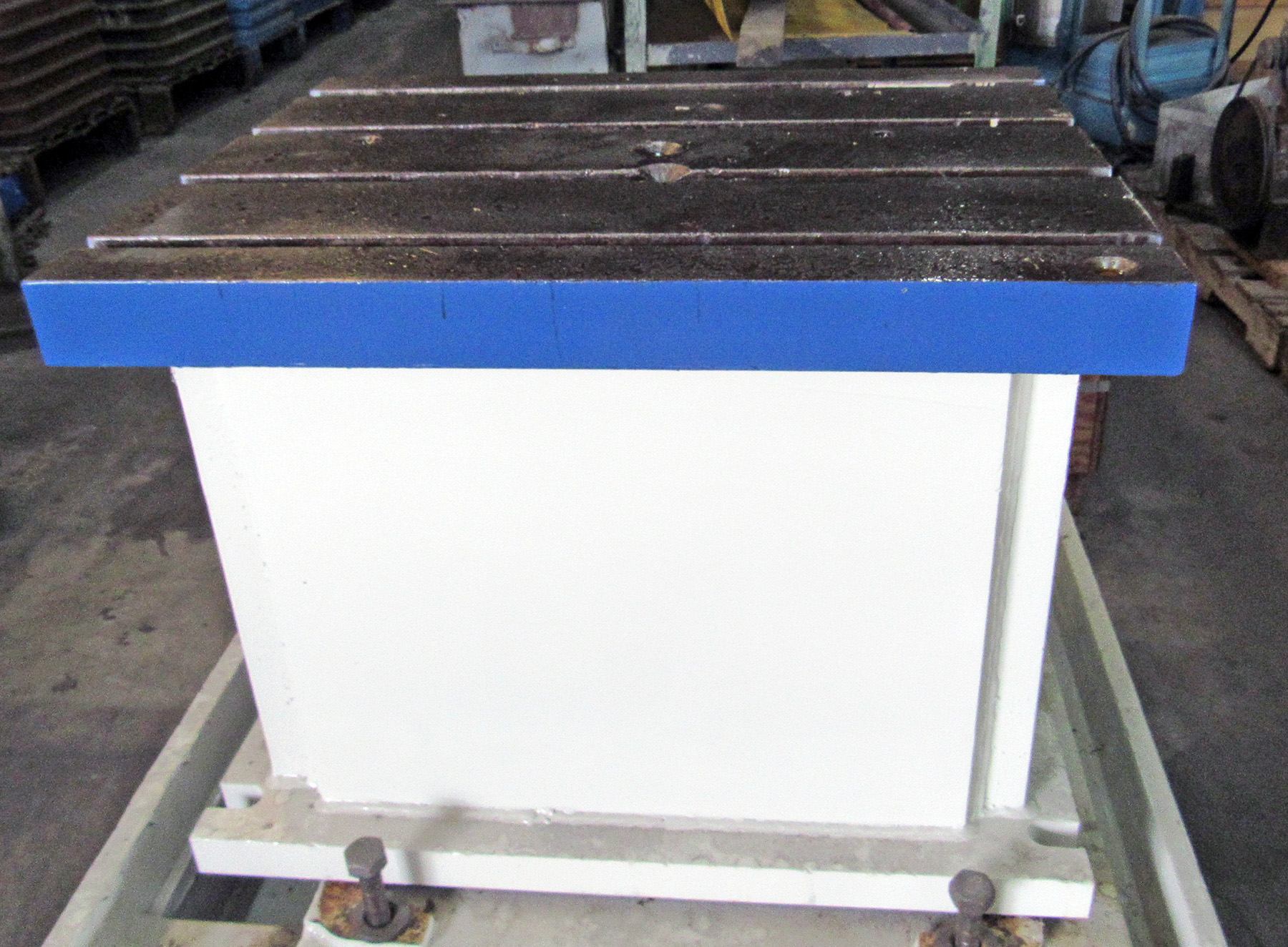 "USED, 24"" X 30"" FIXED BOX TABLE FOR RADIAL DRILL"