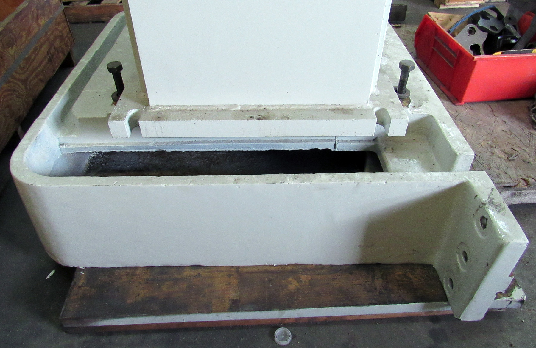 USED, L-BASE EXTENSION FOR RADIAL ARM DRILL