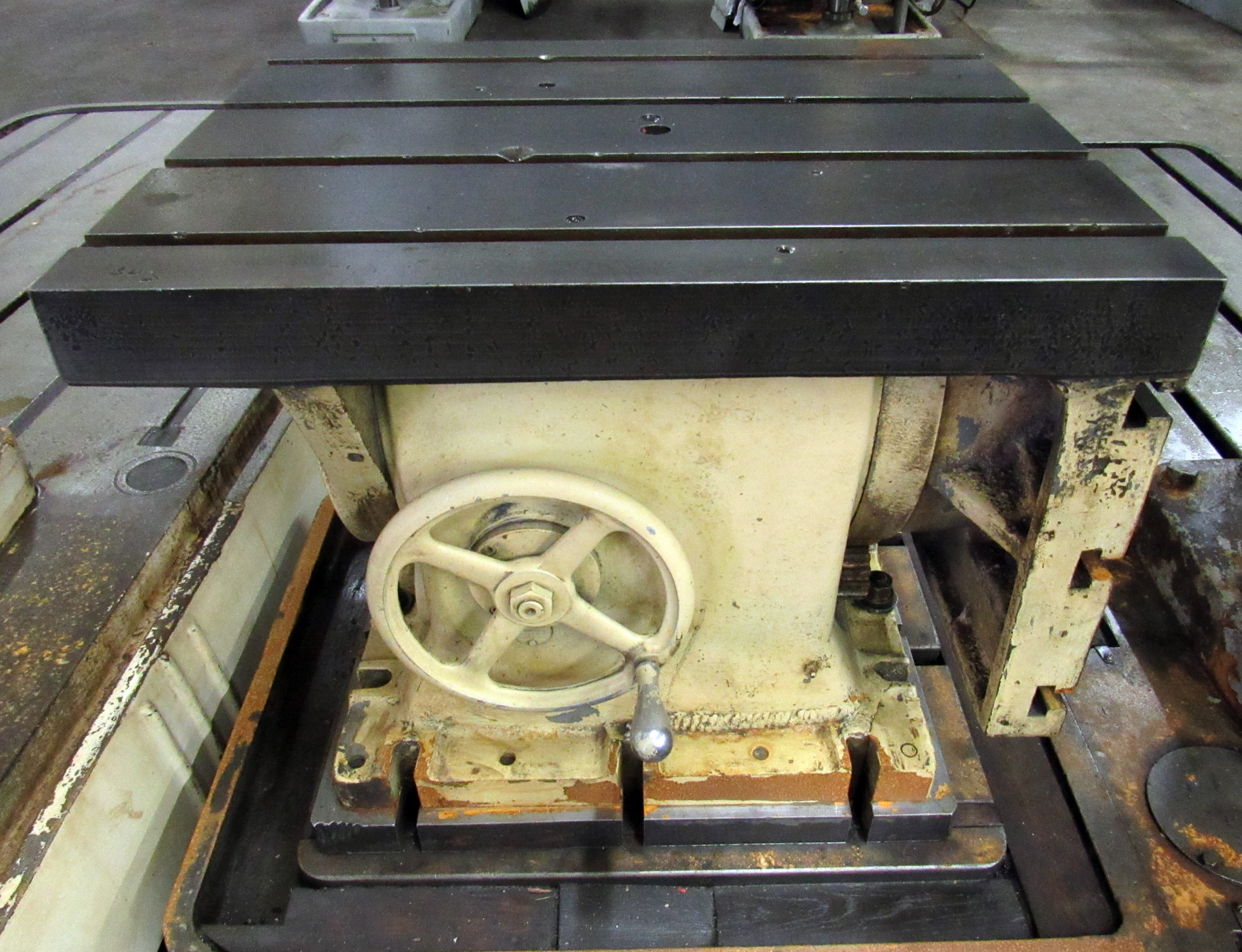 "USED, 24"" X 30"" CARLTON TILTING T-SLOTTED TOP/SIDE BOX TABLE FOR RADIAL ARM DRILL"