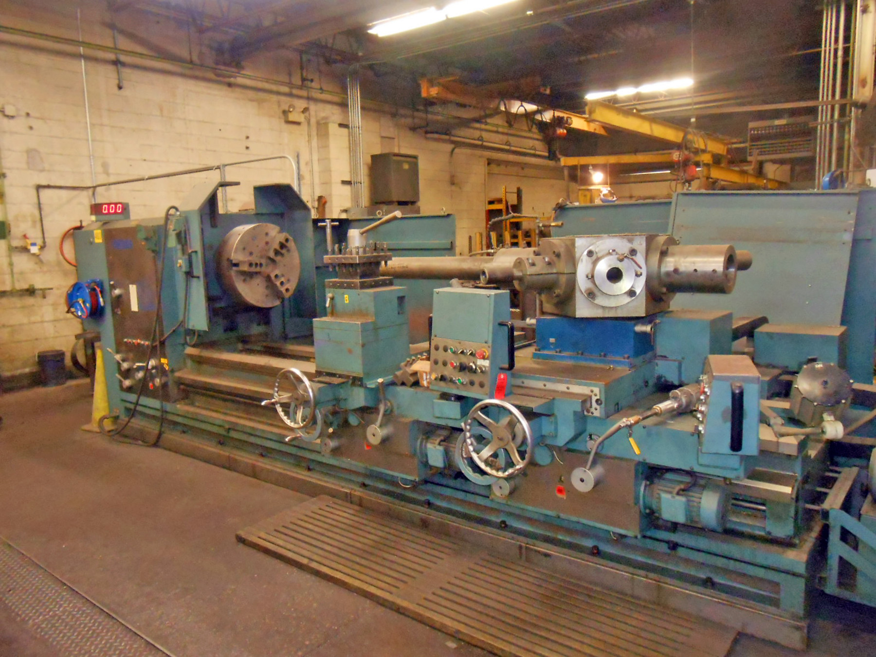 USED, VANTAGE MODEL PB5010030 SADDLE TYPE TURRET LATHE WITH CROSS SLIDING TURRET