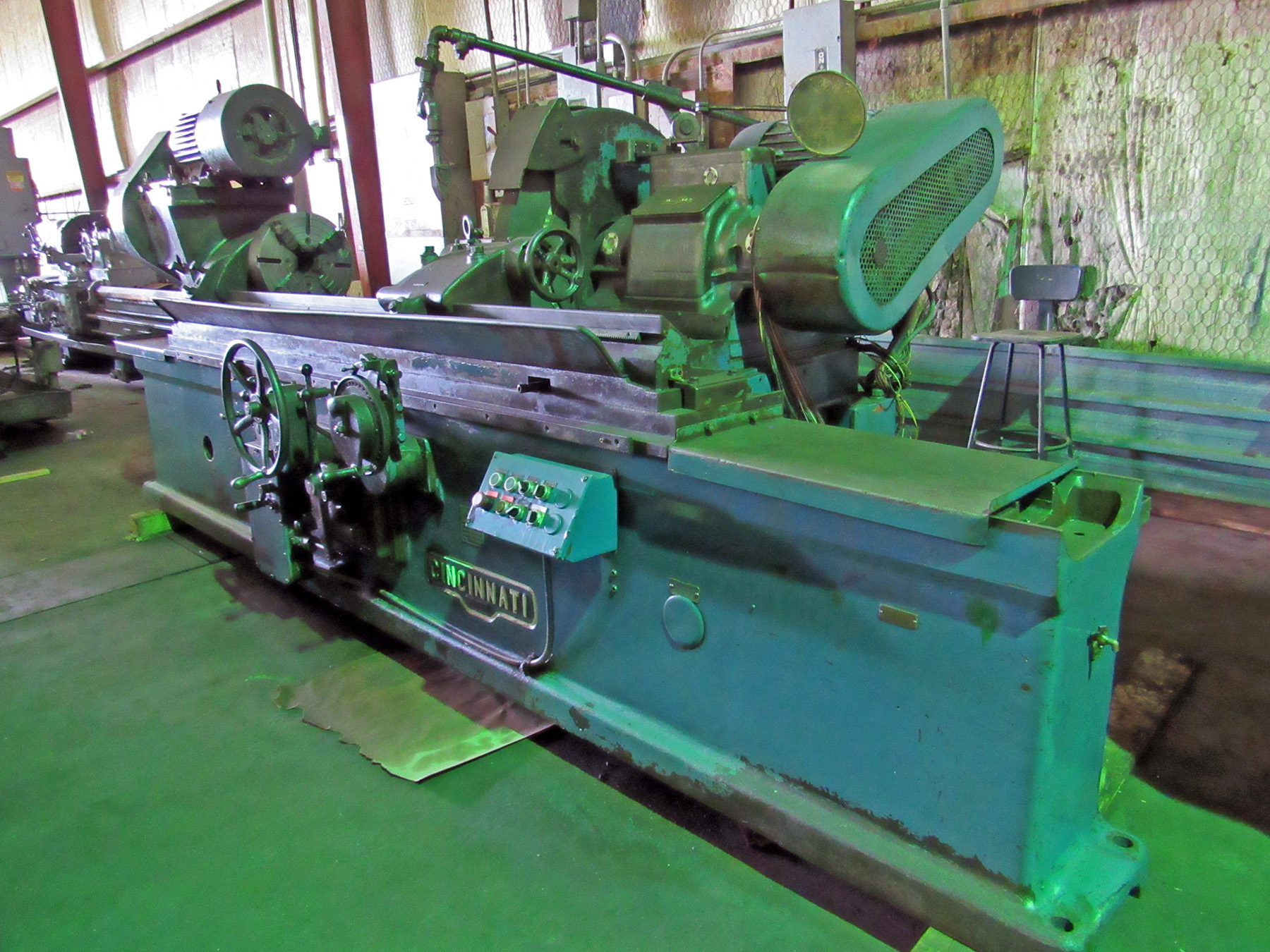 "USED, 17"" X 72"" HEAVY DUTY CINCINNATI PLAIN CYLINDRICAL GRINDER"
