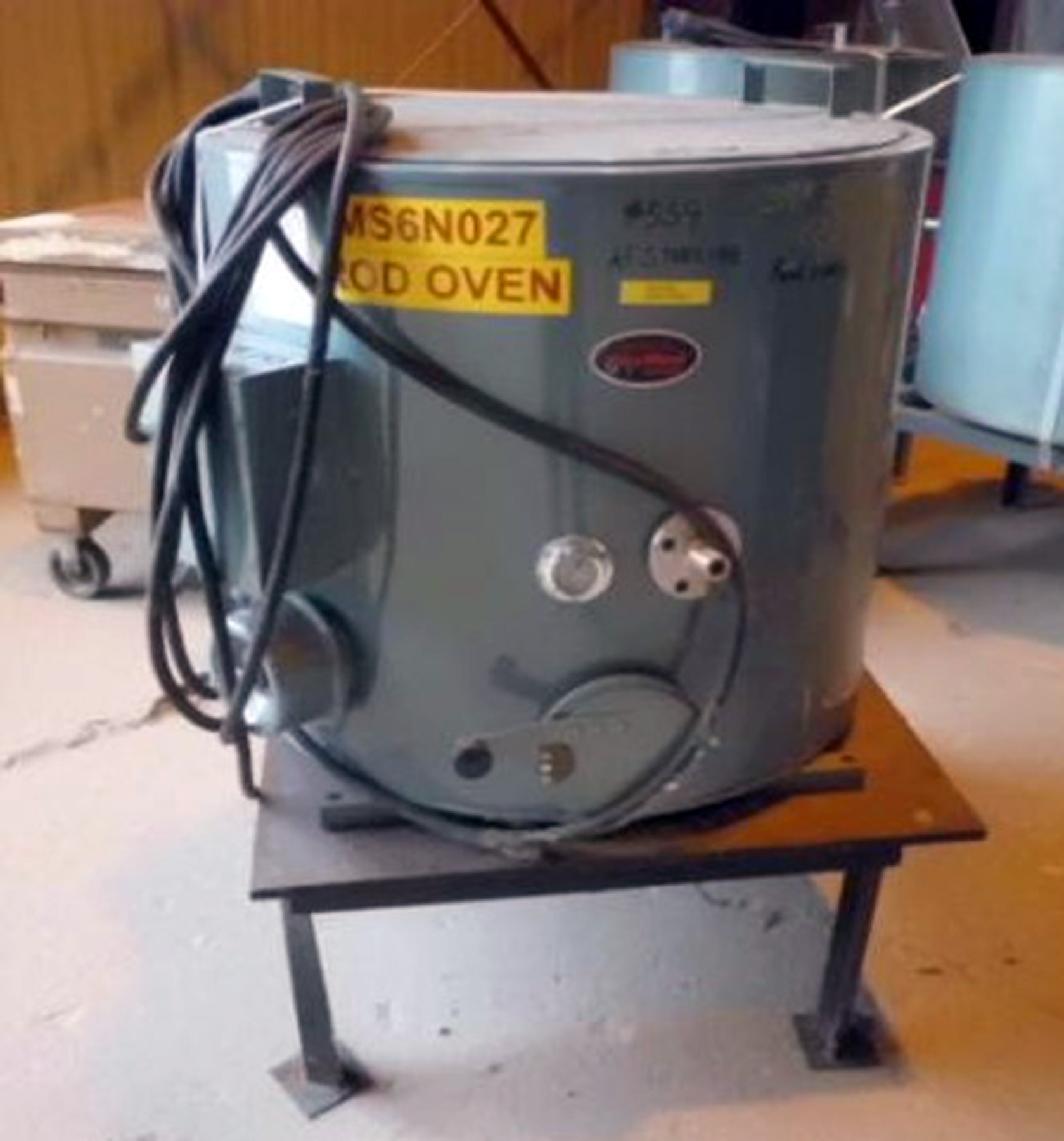 USED, PHOENIX DRYROD FLUX HOLDING OVEN