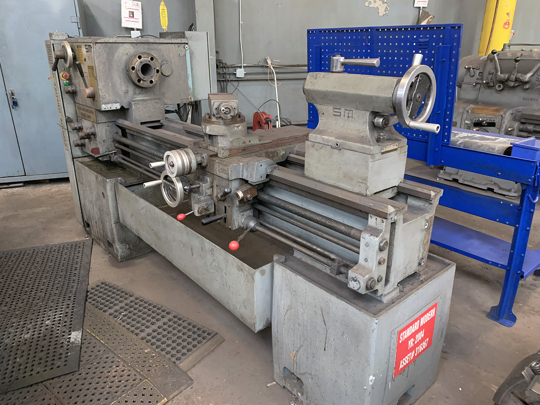 "USED, 26"" X 60"" STANDARD MODERN MODEL 2660 ENGINE LATHE"