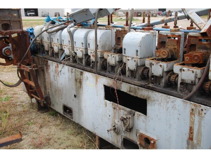 Yoder  M1-1/2 12 stand 1 1/2x 8 Rollformer