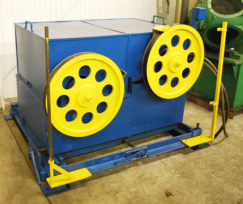"""24"""", DOUBLE CAPSTAN, 2"""" WIDE FACE WIDTH, 5 HP EDDY CURRENT CLUTCH DRIVE (11713)"""
