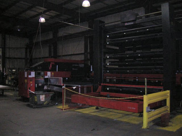 AMADA33 TONS, FANUC 18P, AS651H LOAD/UNLOAD 6 SHELF TOWER ( INSTALLED 2003 )