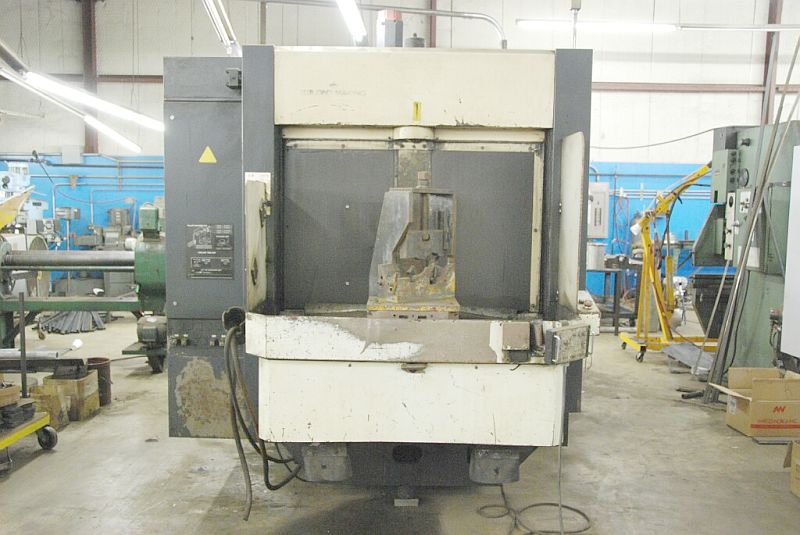 "MAKINOFANUC OM, 15.75"" PLLTS, 22"" x 20"" x 20"" TRVLS, 40 ATC, 12K RPM, COOLANT THRU, TOOLING"
