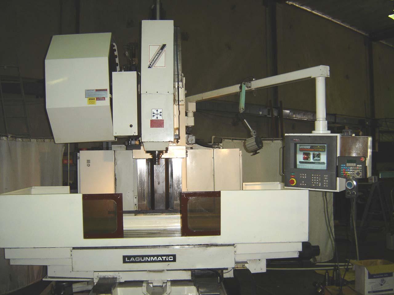LAGUN47x24x27, ACRAMATIC A2100 CNC CTRL, BT-50 TAPER, 14 TOOLS, RIGID TAPPING