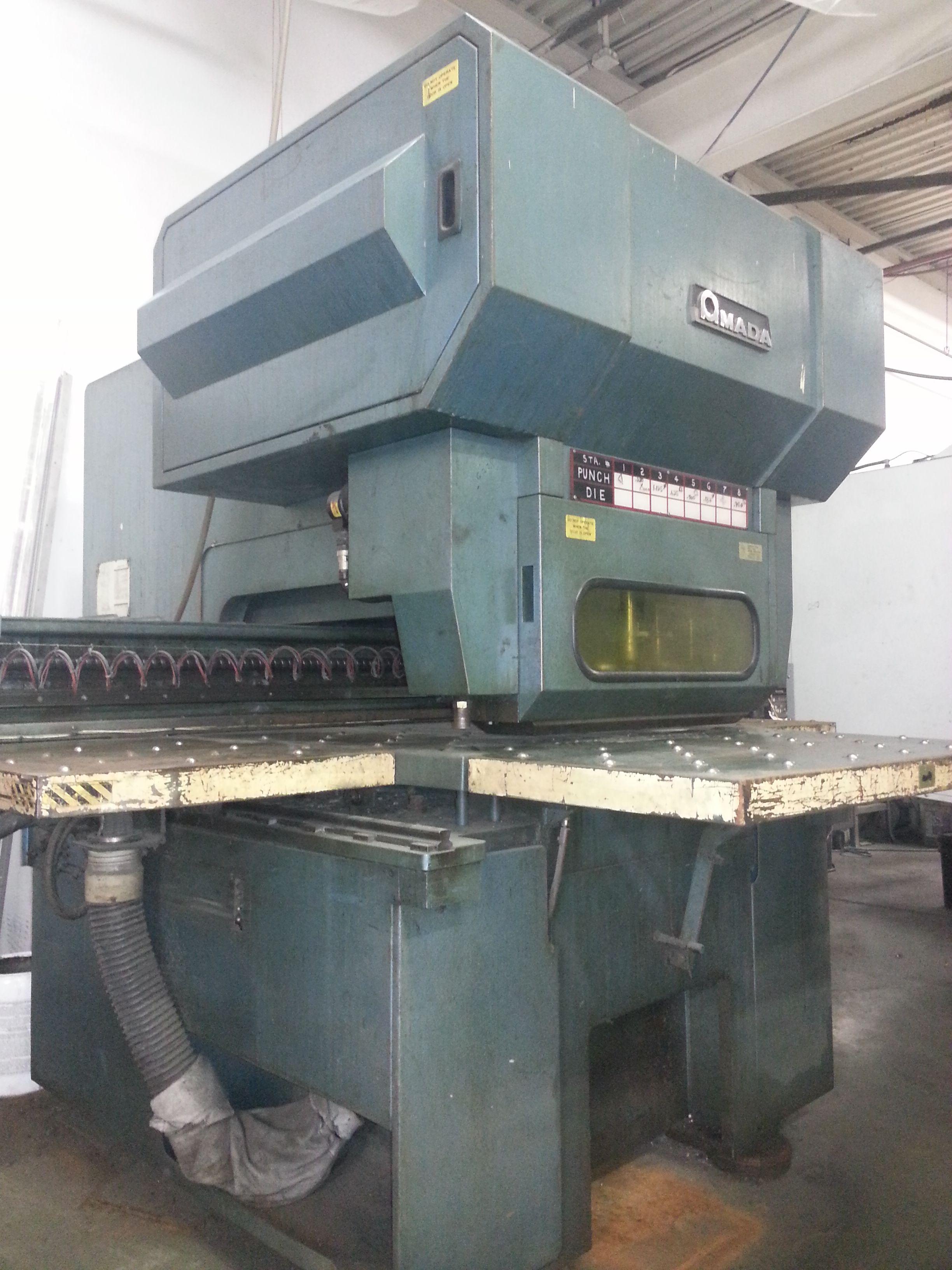 Amada 30-30-40 Punch Press, Fanuc 0 System 6M, 33 Ton