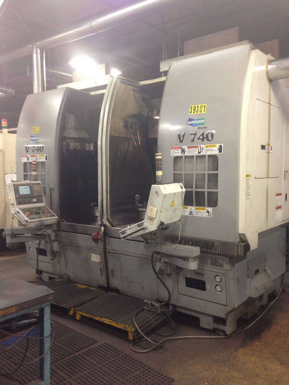 "2 Available, Doosan V740 Vertical Lathe, 28.7"" Turning Diameter, 29.5"" Length, 16"" Chuck"
