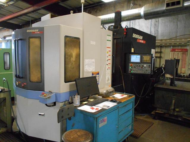 "2008 Doosan HC-400 Dual 16"" Pallet HMC, 23.6""x22""x22.2"", 10K RPM, 40 Taper, 1 degree, Fanuc 21iM Control, Chip Conveyor"