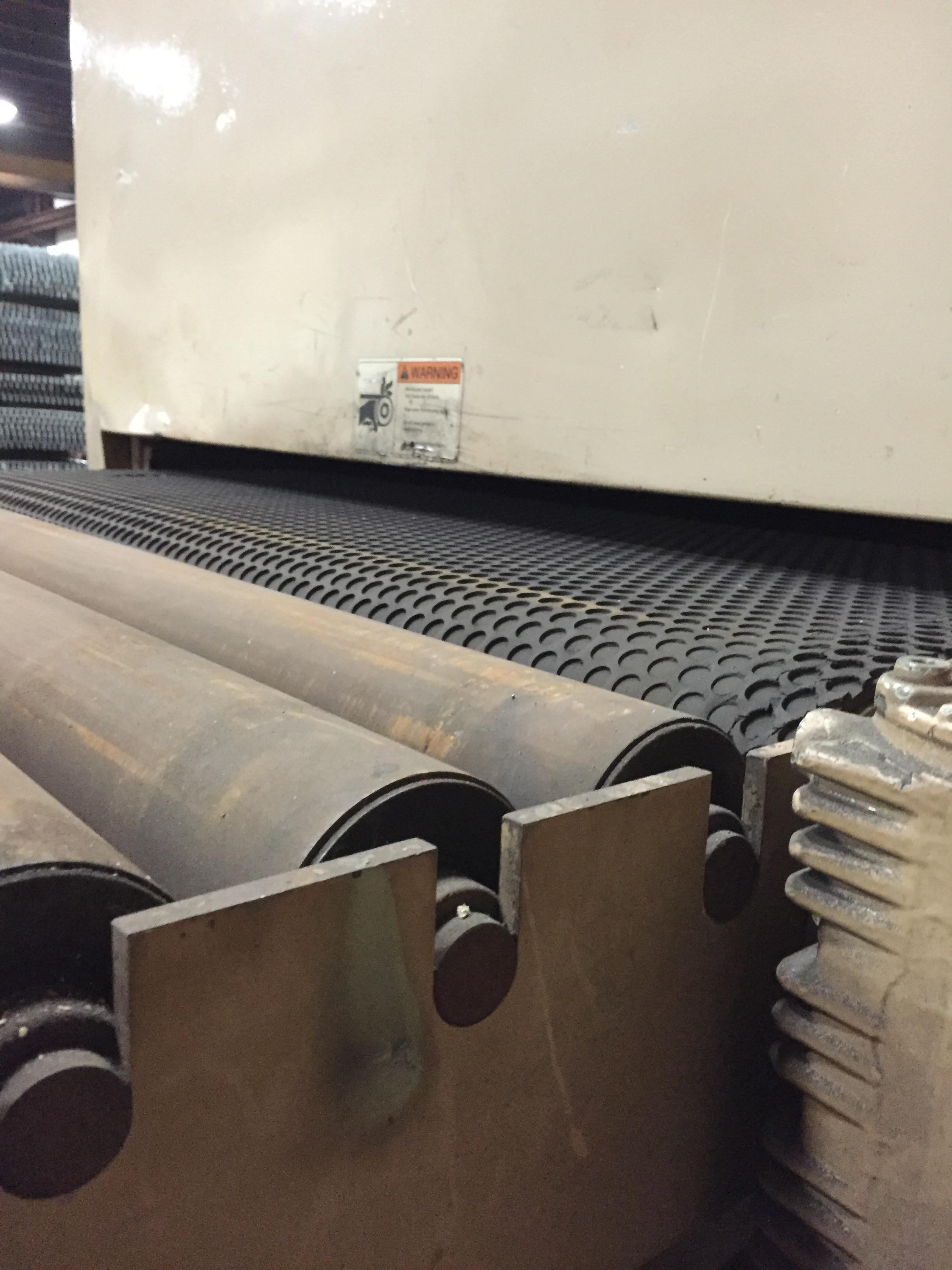 "AEMWEBER AEM TIMESAVER NEW:1996 51"" Abrasive Belt, 53"" Conveyor Belt, 15FPM, 40HP"