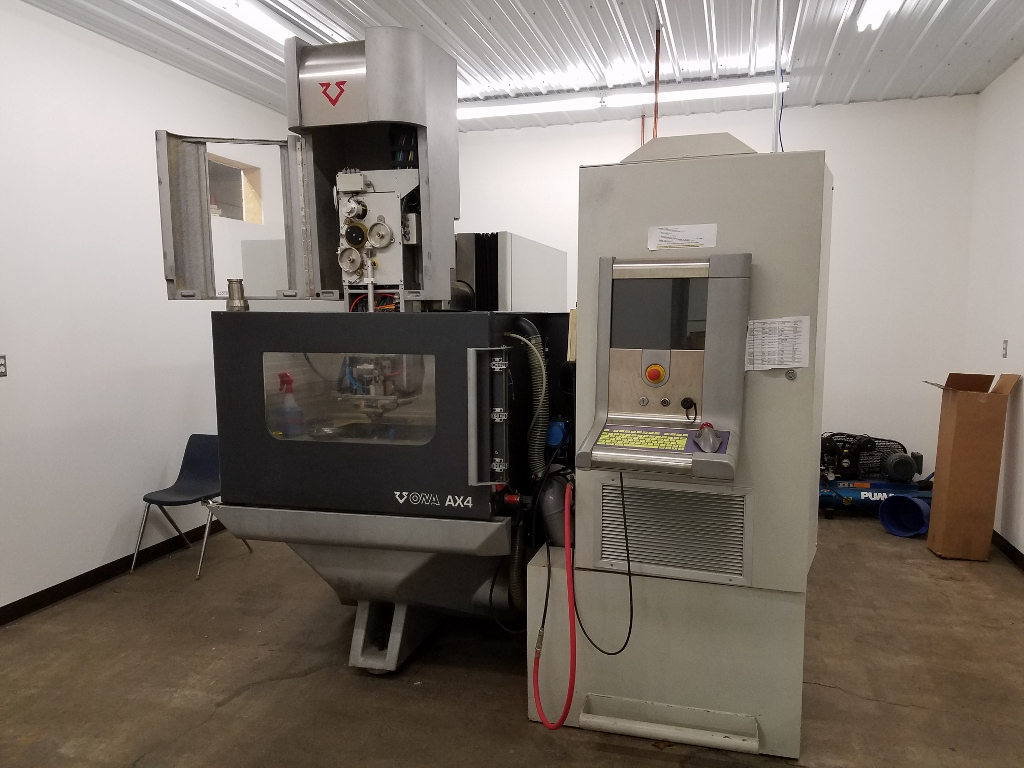 "Ona AX4 Wire Cut EDM, 2011. 23.6""x15.74""x15.74"", 240 IPM, Chiller, Auto Wire Threading, Wire Chopper, Submerged Cutting, Filtration"