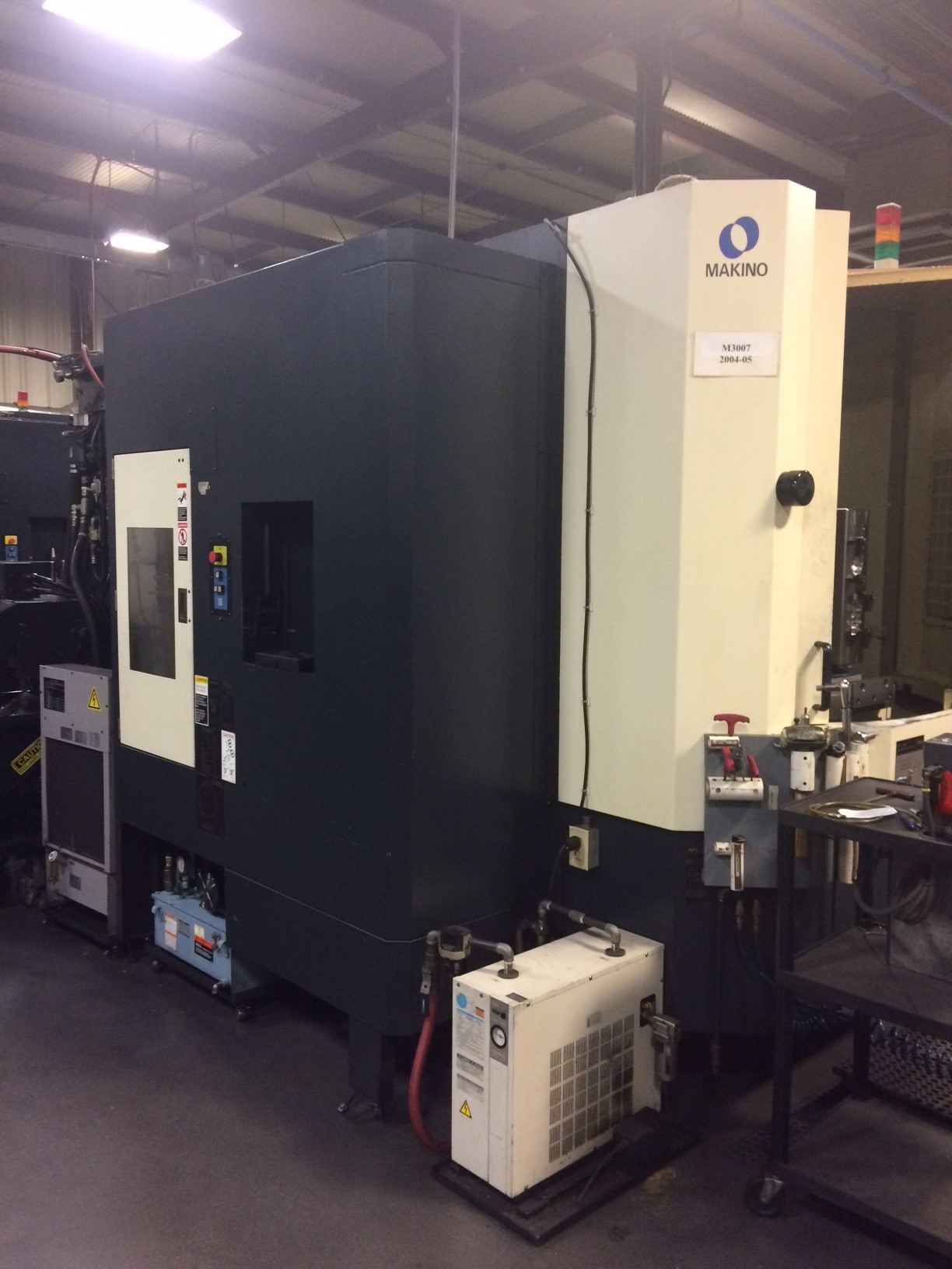 "Makino A61 5th Axis HMC, 2005, 12K RPM, 20"" Pallets, CT40, Pro-3 Ctrl, Tsudakoma Table, Laser Tool Sensor, Renishaw Probe, 60 ATC, Chip Conveyor, Coolant"
