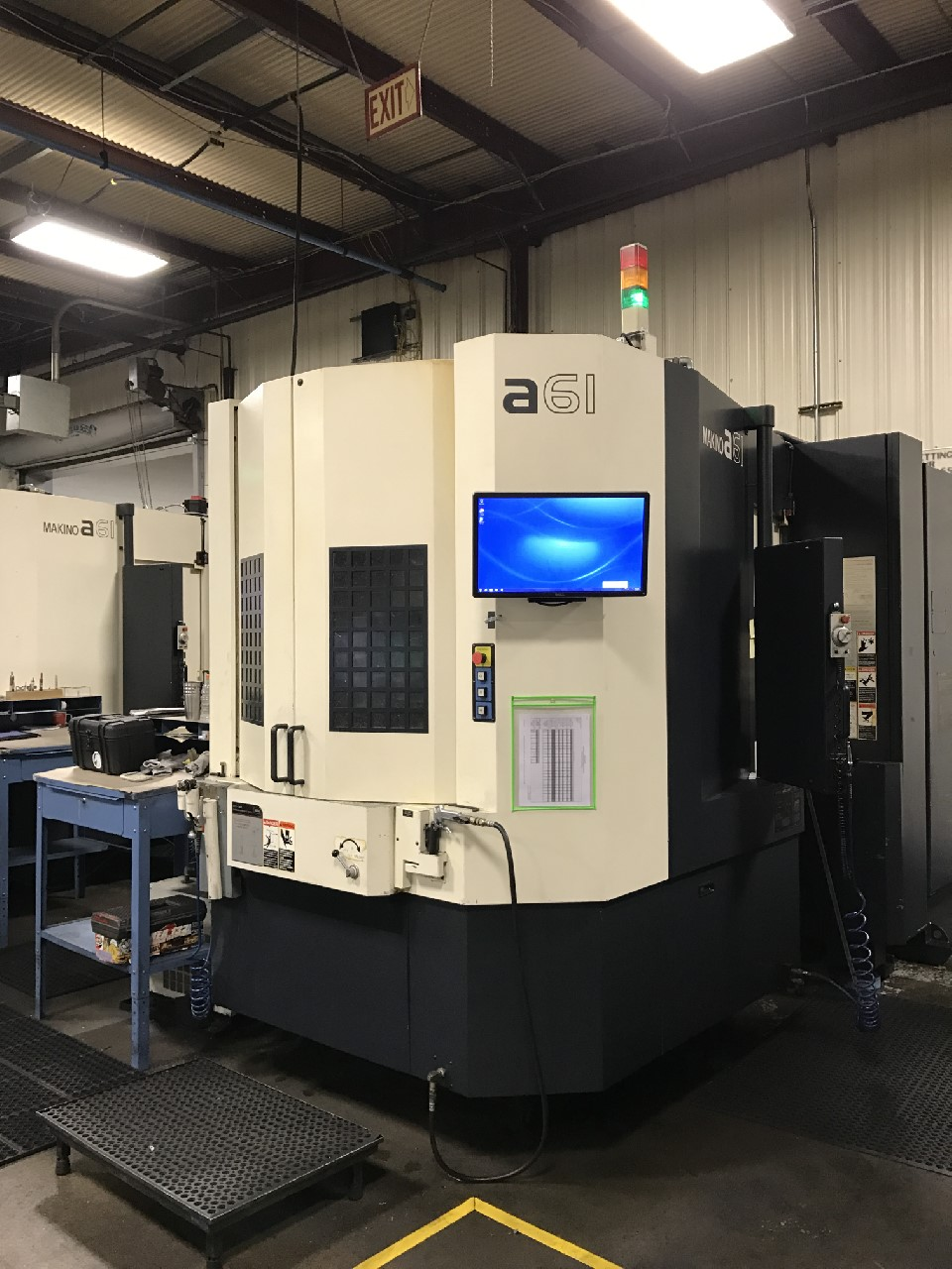 "Makino A61 4-Axis HMC, 2005, 19.7"" Pallets, 28.7""x25.6""x28.7"" Travels, 12K RPM, CT40, Makino Pro 3 Ctrl, Renishaw Probe, Coolant, 60 ATC, Full 4th Axis"