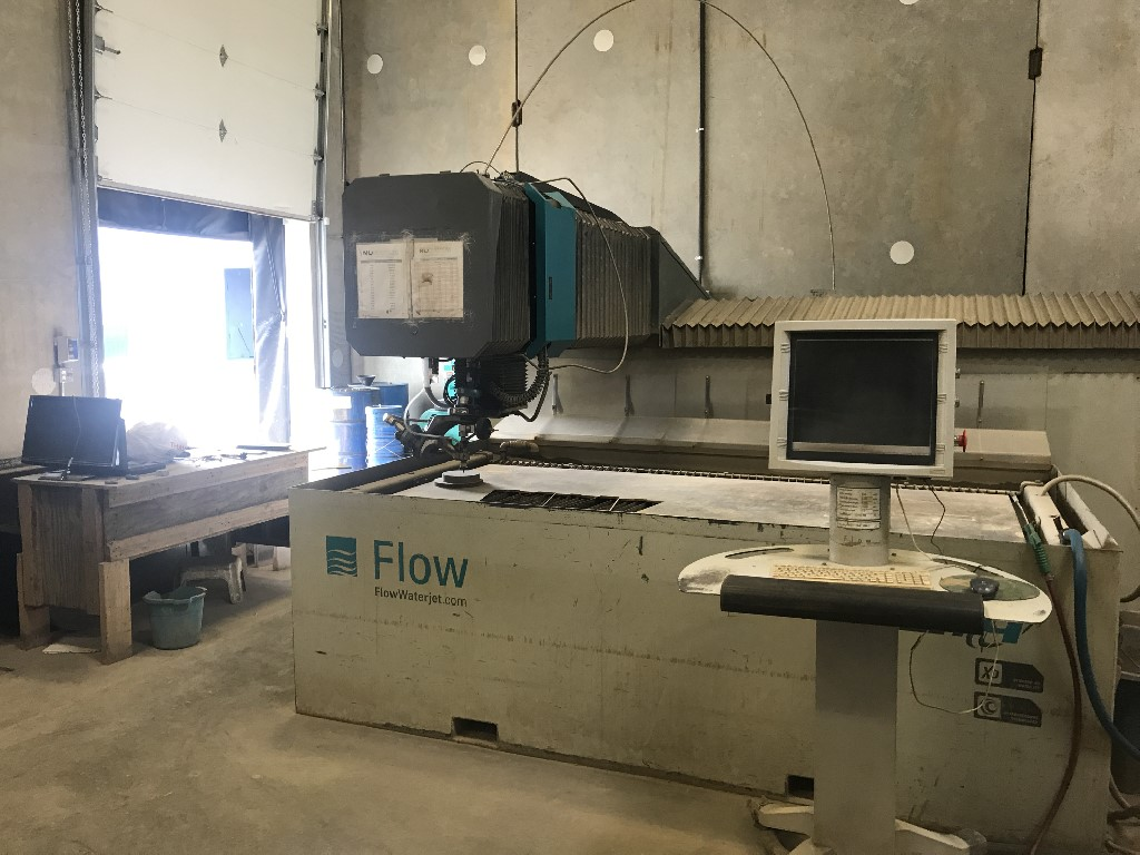 FLOWFlow 2513 Mach3 Dynamic w/ 100HP 94K PSI Pump FlowPro Software, XD Cutting Head, Pierce Assist, New ballscrews