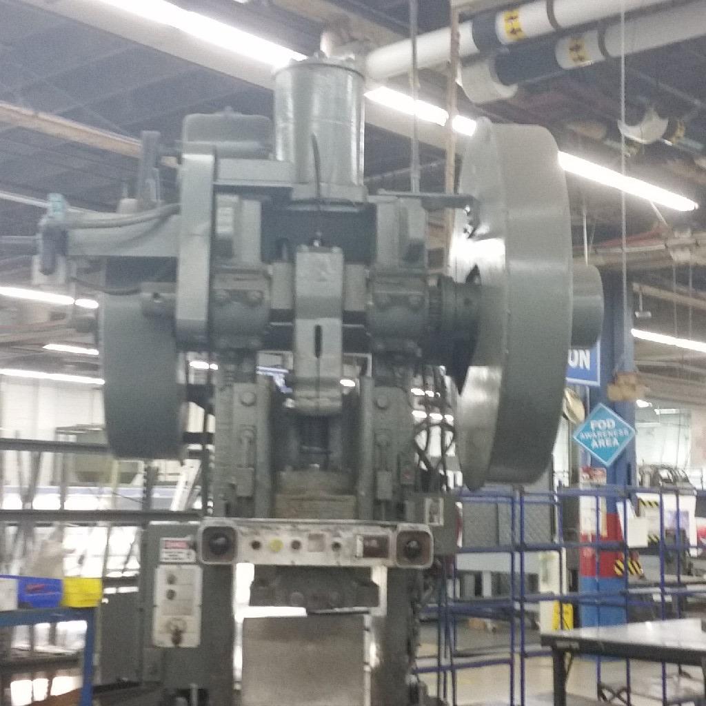 """NIAGARANiagara A-90 90-Ton Punch Press, 4.5"""" Stroke, 1 7.5"""" Shut Height"""